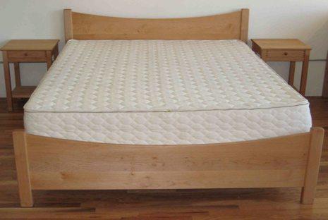 Pacific Rim Maple Bed